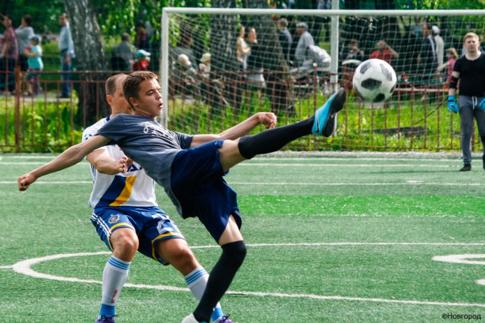 Как играют в футбол в Челябинске