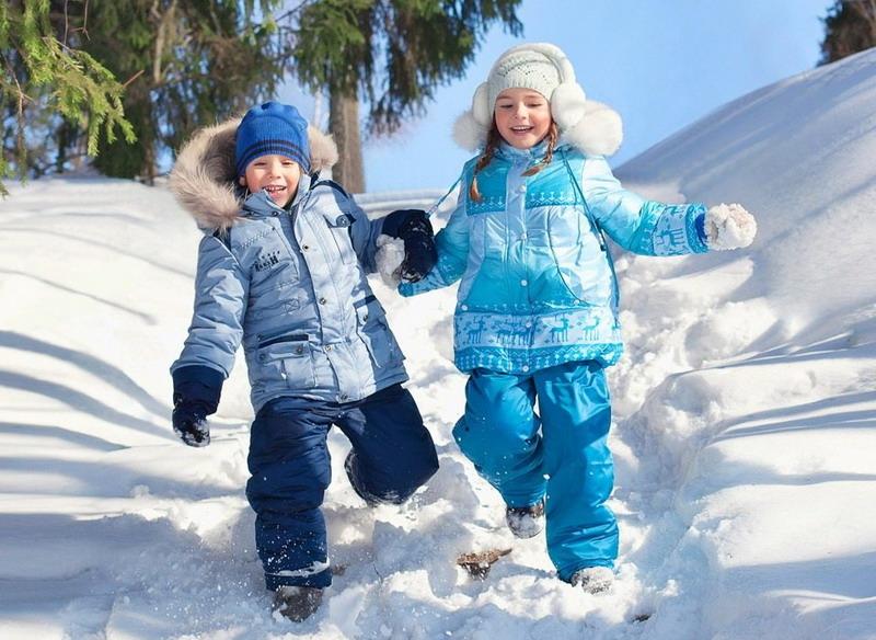 безопасное катание на санках для детей зимой